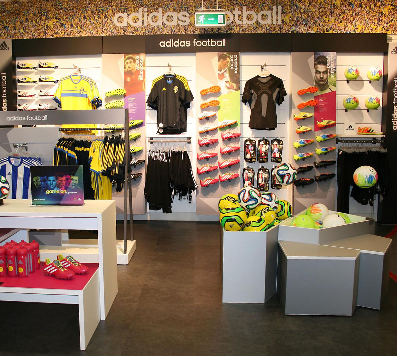 Adidas Merchandising Visual